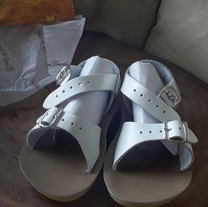 NEW Sun-San Salt Water Sandals size 8
